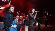 Jessie J 坦露自己无法生育 演唱会与粉丝诉说心声